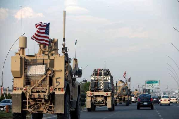 شروع خروج نظامیان آمریکایی از یک میدان نفتی در حومه دیرالزور