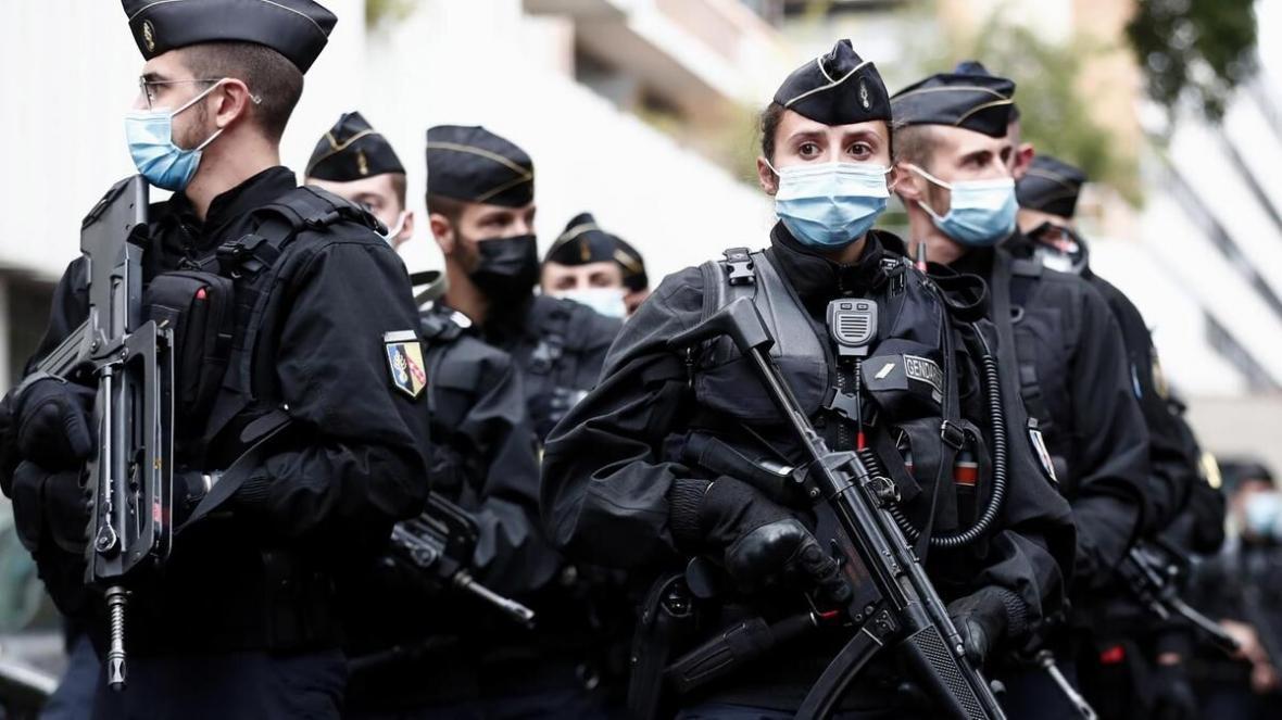 فرانسه 8 نفر را به تامین اقتصادی تروریست ها در سوریه متهم کرد