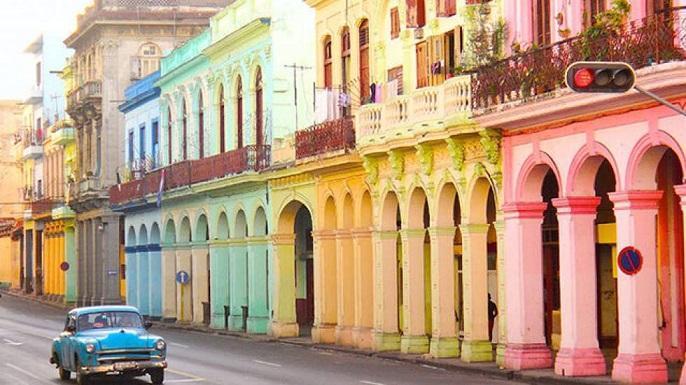 کوبا هم توریست ندارد