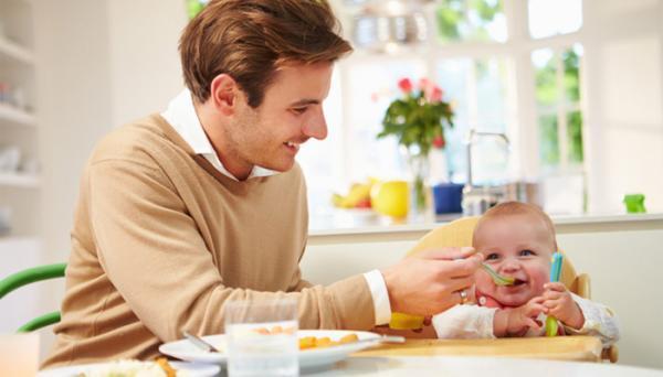 غذا دادن به نوزاد؛ باید ها و نباید ها