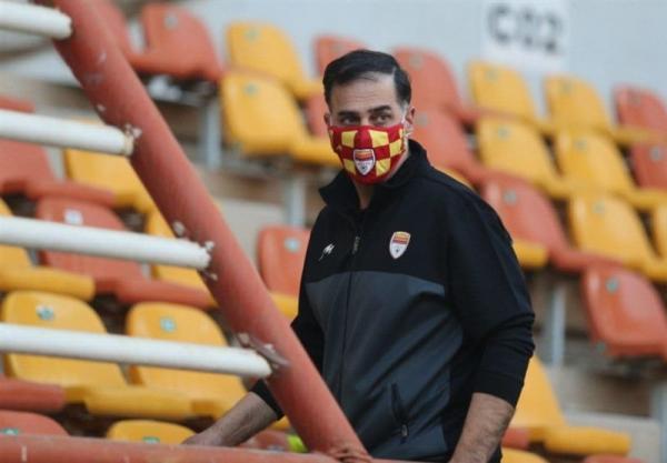 آذری: باز کردن موقت پنجره فولاد هم خیلی سخت است، استادیوم ما قابلیت میزبانی لیگ قهرمانان آسیا را دارد