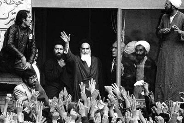 خبرنگاران خمینی شناسنامه انقلاب است