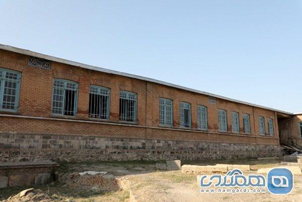 بازسازی منزل: تکمیل بازسازی مدرسه پورسینا و مدرسه جعفری اسلامی اردبیل